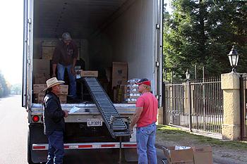 November Food Distribution Sees Expansion of Program