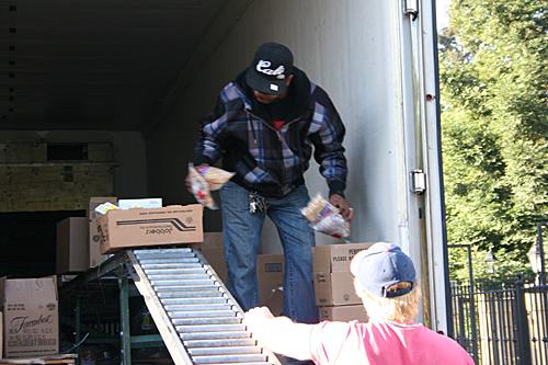April 2014 USDA Food Distribution Program (FDPIR)