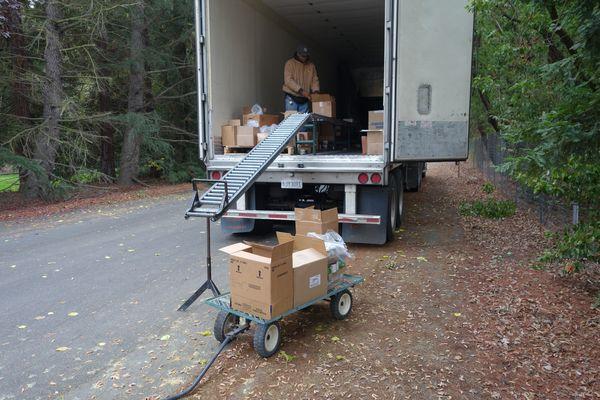 November 2017 Food Distribution - California Valley Miwok Tribe